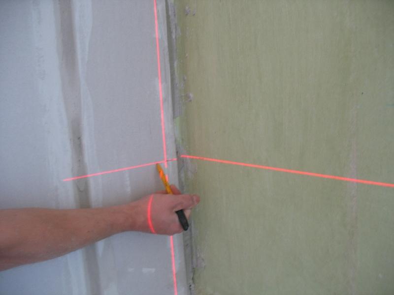 Reģipša konstrukcijas izveide, Lāzera līmeņrādis