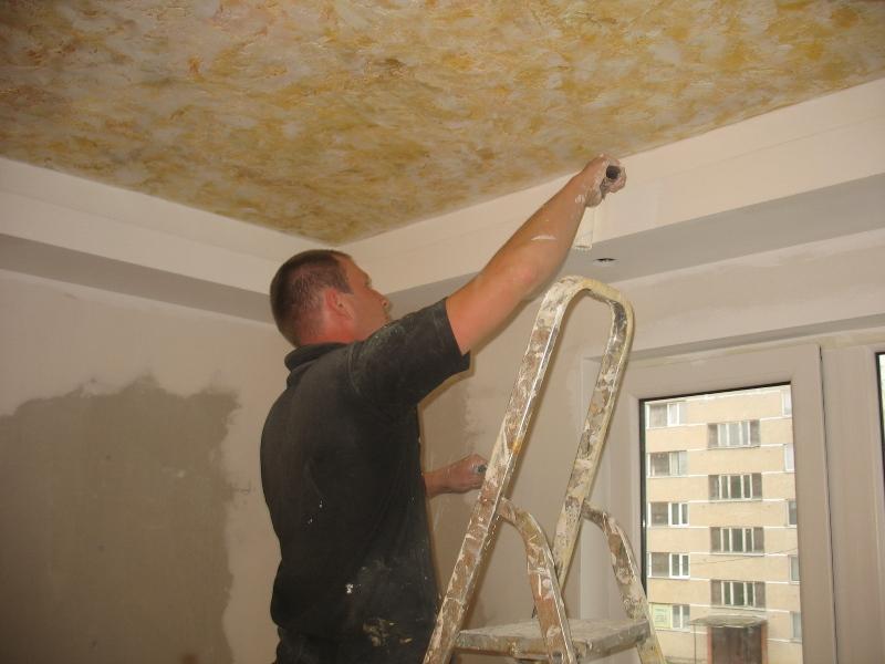 Griestu krāsošana, krāsa emulsija, griestu sienu krāsa