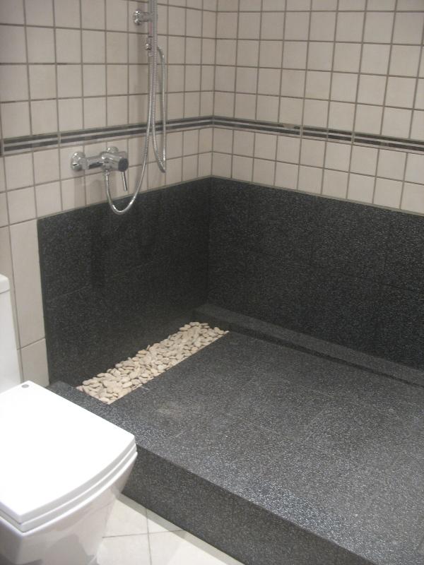 duša, dušas izveide, kur vislabāk nilikt dušu, mazā vannas istabā duša