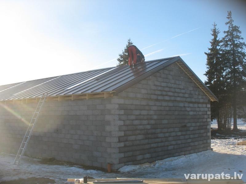Valcprofila jumta seguma montāža