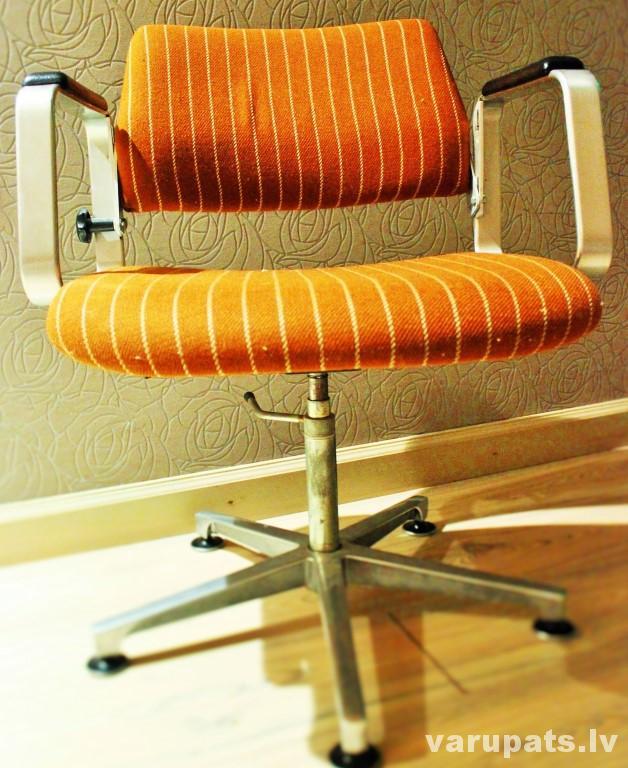 biroja krēsls, ofissa krēsls, vecas mebeles otrā elpa