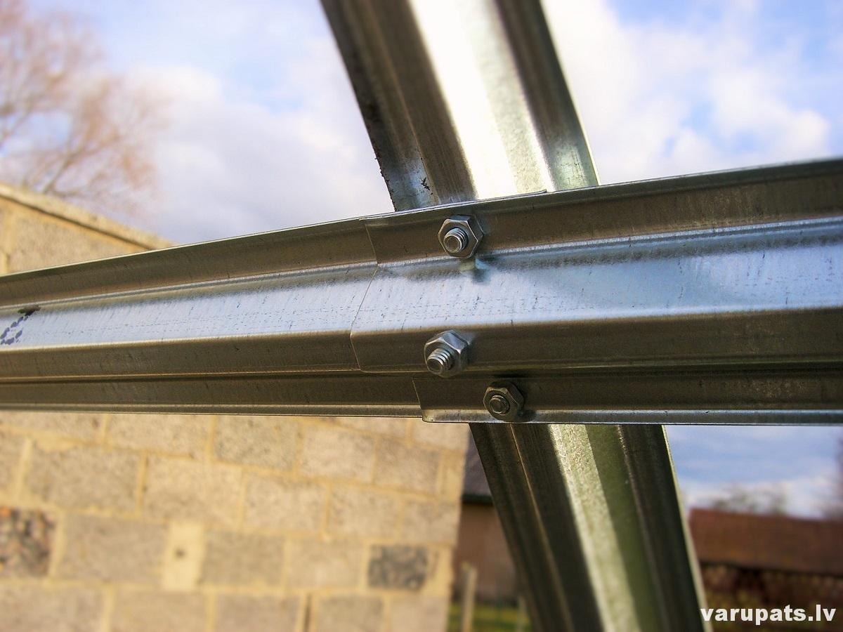 siltumnica polikarbonata, siltumnīcas metala ramis, polikarbonata siltumnicas cena, metala ramis siltumnicai, pusapala siltumnica