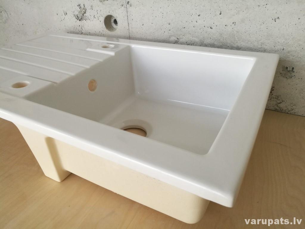 virtuves standarta keramikas izlietne, balta virtuves izlietne, izlietne virtuvei balta, balta izlietne virtuvei, franču keramikas virtuves izlietne balta